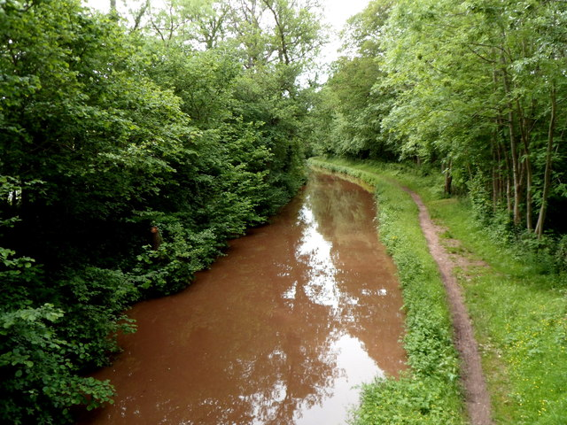 West along the Mon & Brec Canal from bridge 123