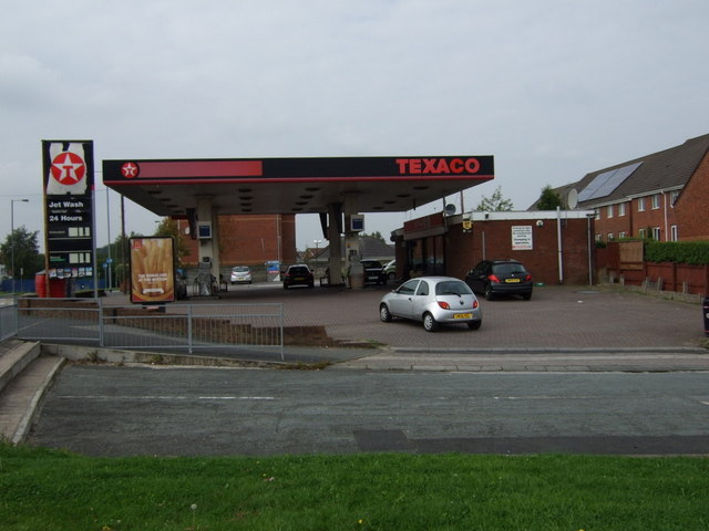 Service station on Elton Head Road