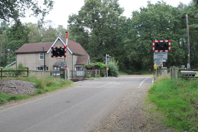 Holton Gatehouse Level Crossing