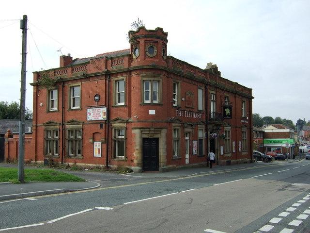 The Elephant pub, Thatto Heath