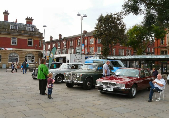 Classic Cars on Hyde Civic Square