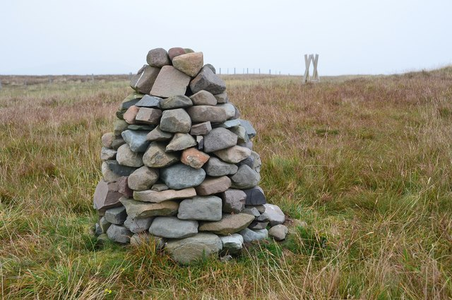 Cairn on Whitehope Heights