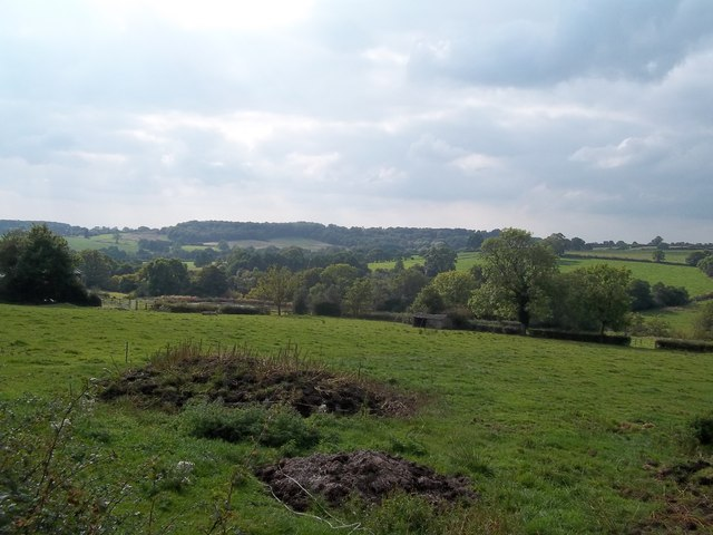 Farmland seen from Intakes Lane