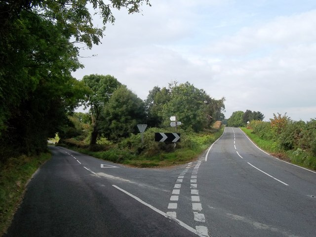 Y-Junction near Cross o' the Hands