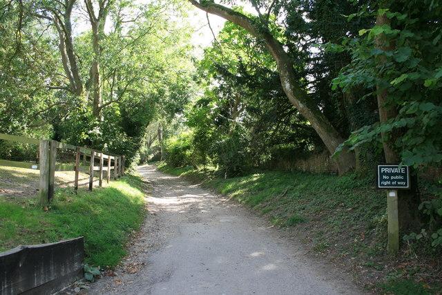 Knowlton Lane beyond St Clement's church