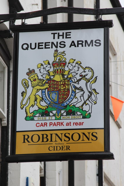 The Queens Arms sign