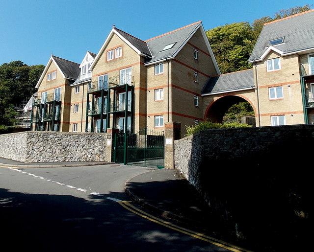 Outwardly opening entrance gates to Crawshay Court, Langland, Swansea