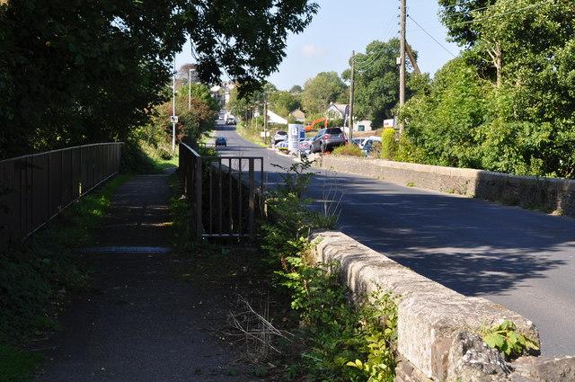 Tinhay : New Road