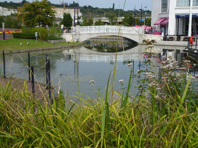 Lake next to The Village, Bluewater Shopping Centre