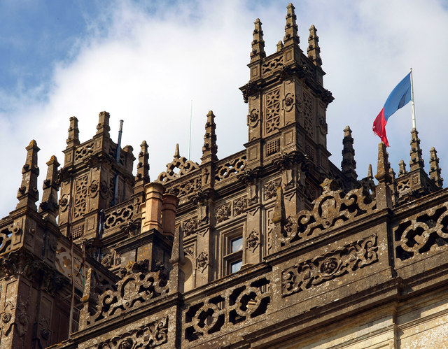 Highclere Towers, Balustrade and Flag