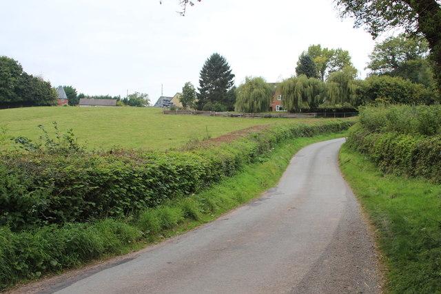 Lane by Old Harpfields