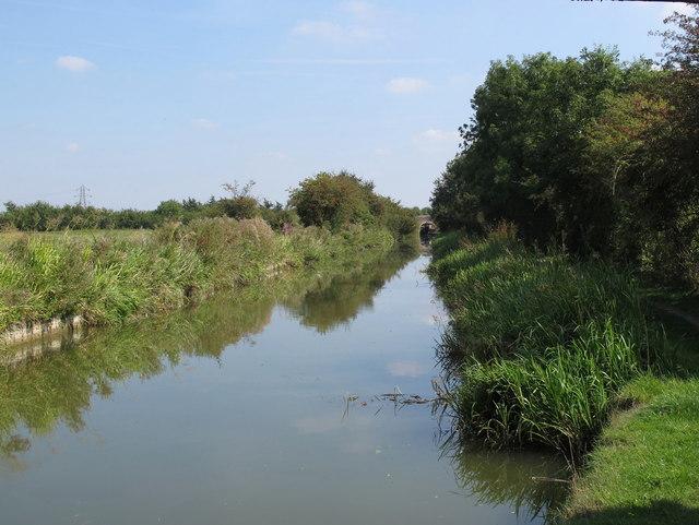 Aylesbury Arm, Grand Union Canal, near Broughton
