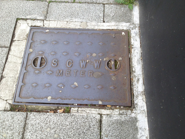 Southampton City Water Works meter cover by Hanover Buildings