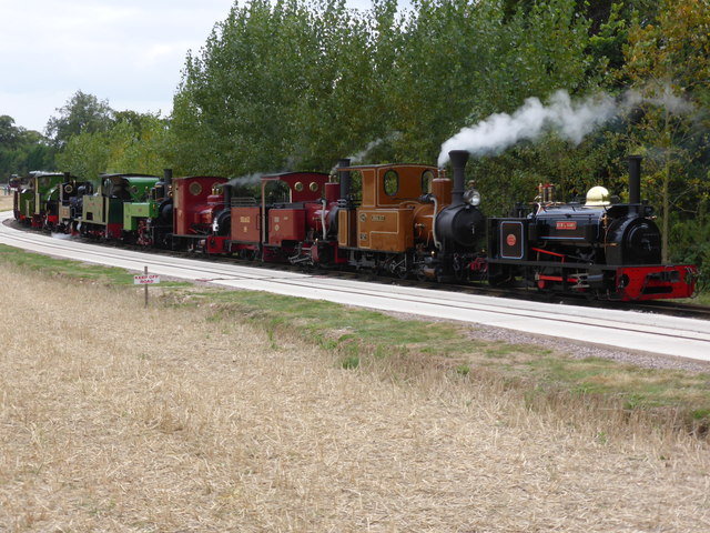 Statfold Barn Railway - the cavalcade
