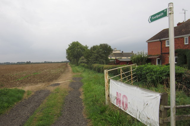 Footpath to Furze Farm