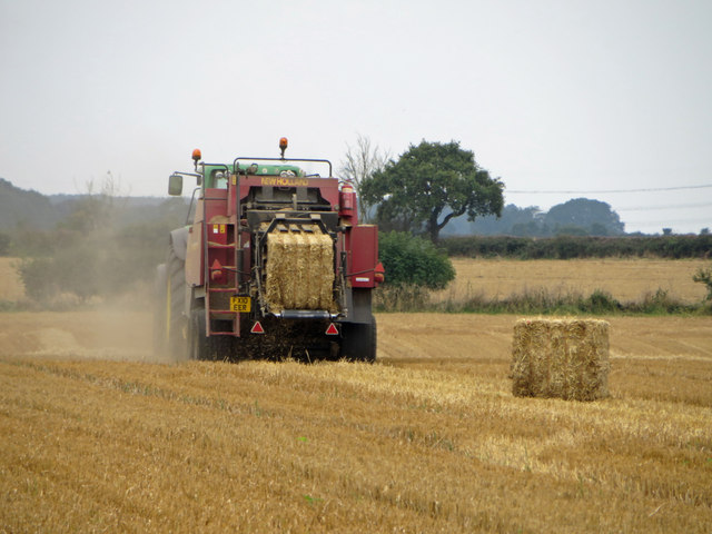 Baling on Wootton Wold