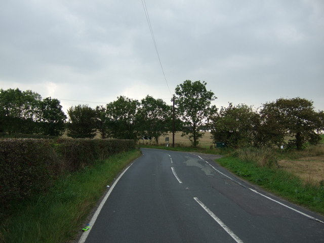 A bend in Houghtons Lane