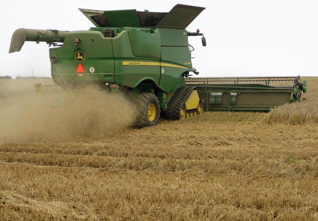 Harvesting near Bonby