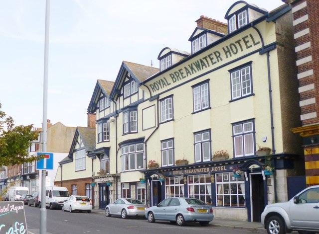 Castletown, Royal Breakwater Hotel