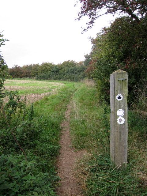 Northamptonshire Round footpath to Cogenhoe