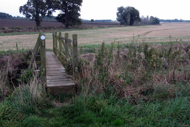 Footbridge on the path to Denton