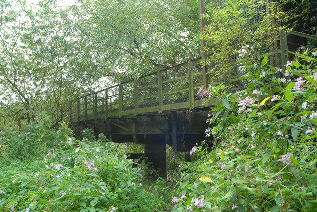 Gloucester Docks Branch No.3 viaduct: a closer view