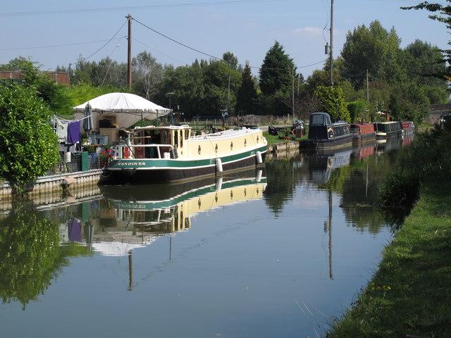 Narrowboats at permanent mooring, Aylesbury Arm