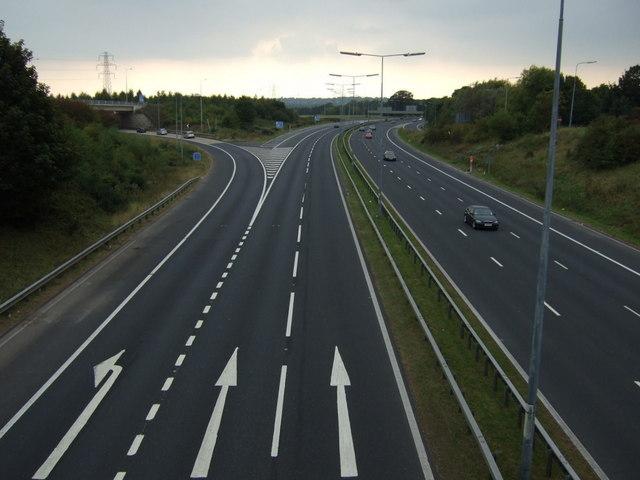 M62 westbound, Junction 6