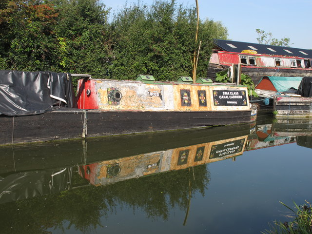 "Star class narrowboat ""Arcturus"" at Bates Boatyard"