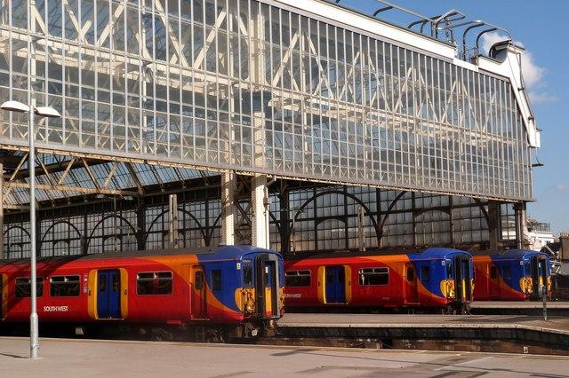 Stationary trains, Waterloo Station