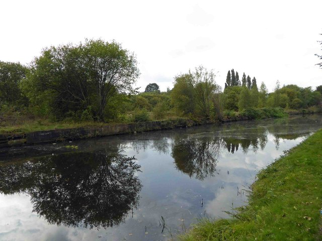 The Calder and Hebble navigation near Thornhill