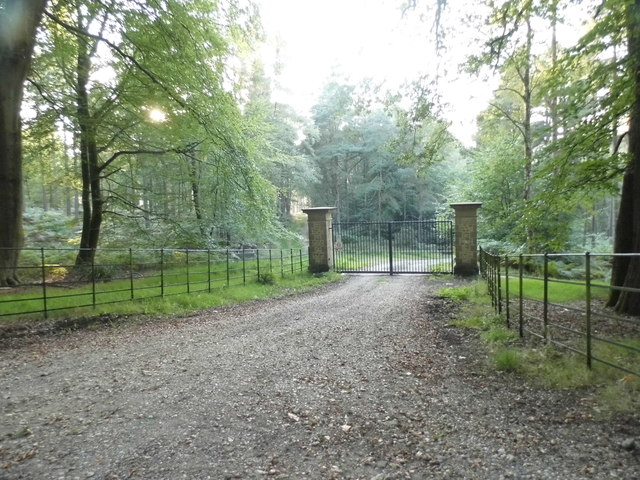 Private access to Winterfold Wood