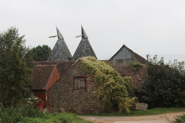 Oast House at Ankerdine Farm, Bromyard Road, Knightwick