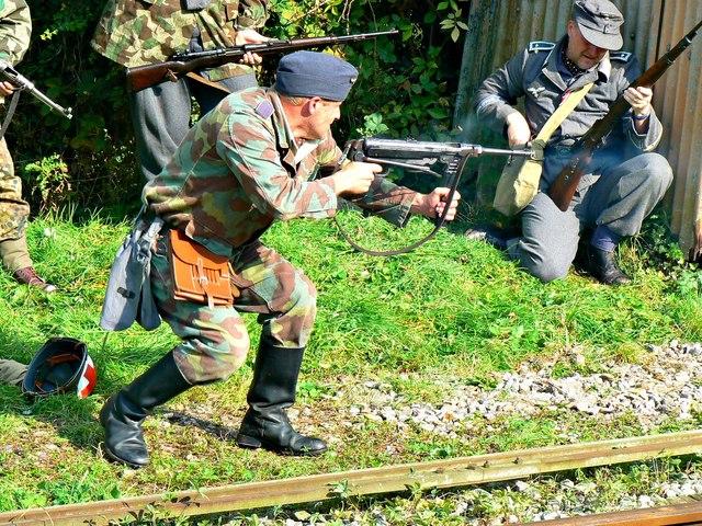 Wartime Weekend 2014 (14), Blunsdon Station