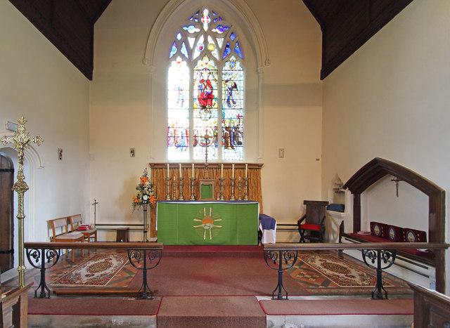 St Peter & St Paul, Black Notley - Sanctuary