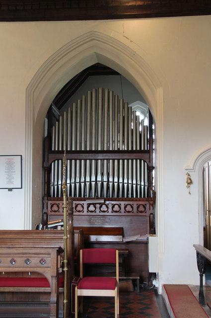 St Peter & St Paul, Black Notley - Organ