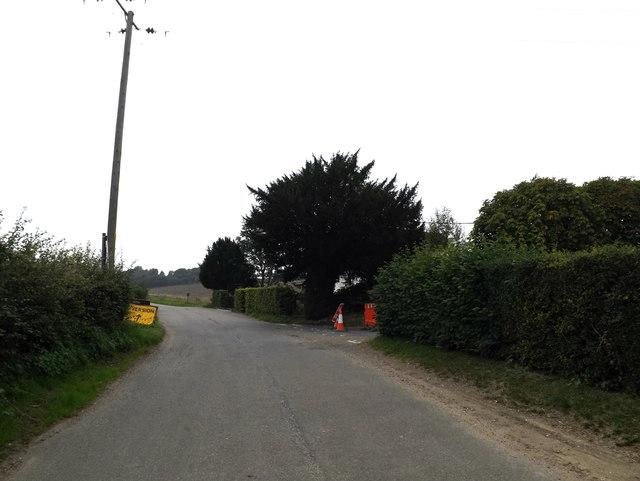 Denton Low Road, Denton