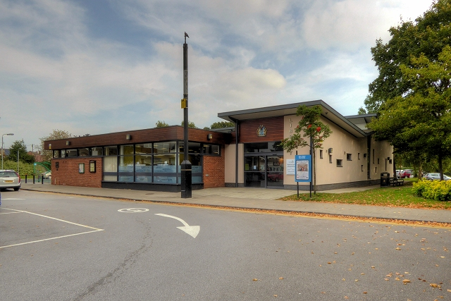 Holmes Chapel Library