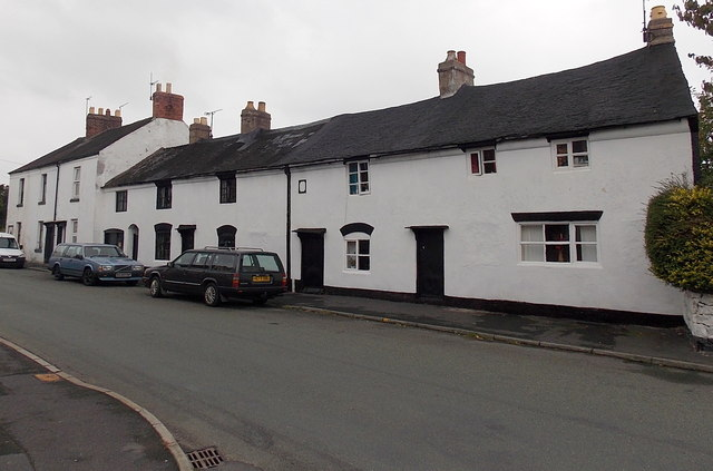 Older Old Whittington Road houses, Gobowen