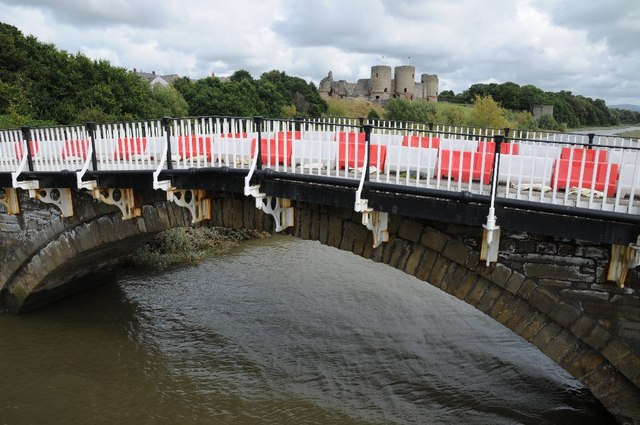 Old bridge into Rhuddlan