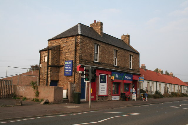 Newcraighall:  Shops and houses