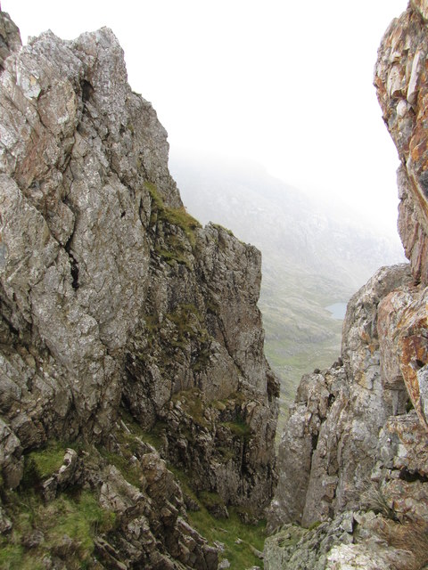 Crib Goch: gap between the first and second pinnacles