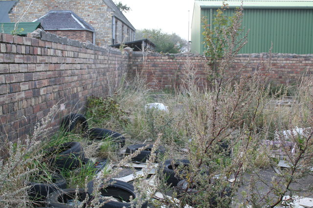 Newcraighall:  Waste ground