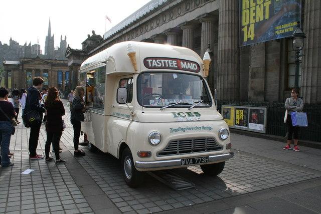 Edinburgh:  Vintage ice-cream van