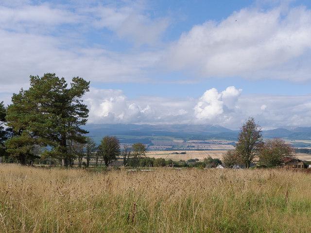 Fields near Brae of Badrain
