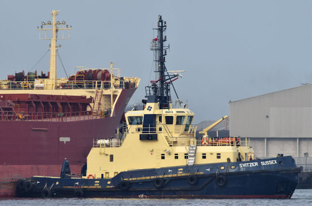 "The ""Svitzer Sussex"", Belfast - September 2014(2)"