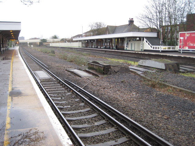 Cheam railway station, Greater London