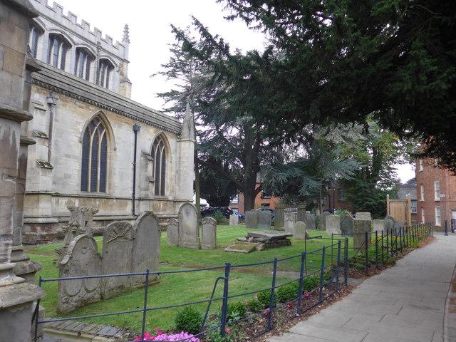 St Mary, Melton Mowbray: churchyard  (b)