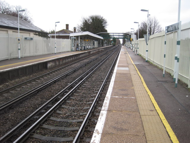 Ewell East railway station, Surrey