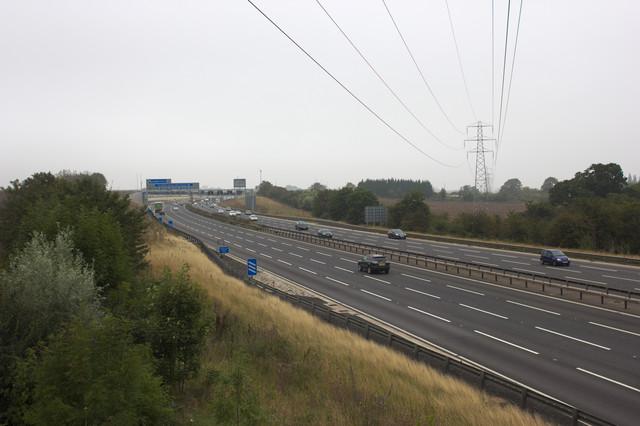 M1 Northbound, Junction 12